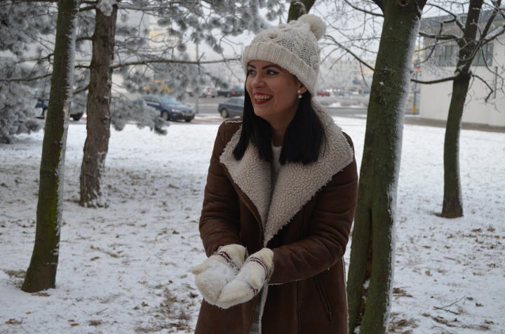 ❄️⛄️🌨Snow White Series: The reasons I like wearing white in thewinter🤍